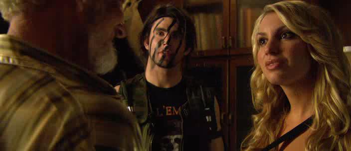 Стриптиз от зомби - Zombie Strippers!