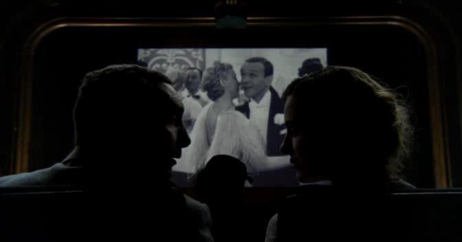 У каждого свое кино - Chacun son cinema ou Ce petit coup au coeur quand la lumiere seteint et que le film commence