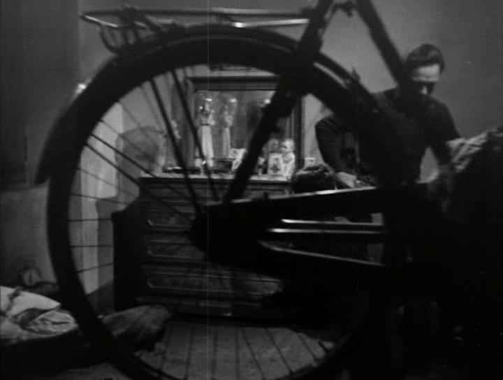 ���������� ����������� - Ladri di biciclette