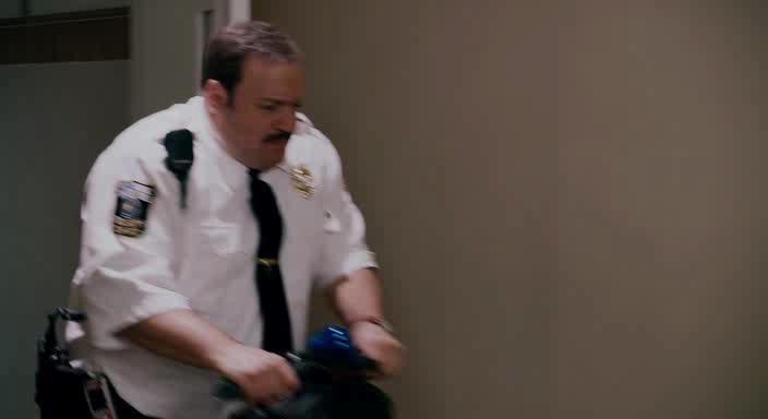 ����-��� - Paul Blart: Mall Cop