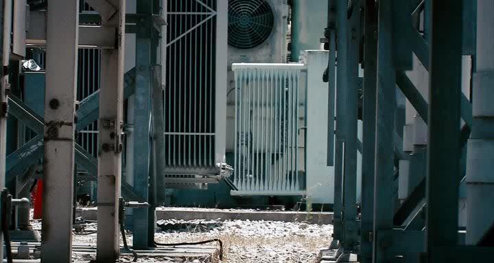 Адреналин 2: Высокое напряжение - Crank: High Voltage