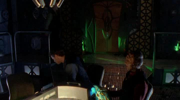 Вавилон 5: Легенда о Рейнджерах: Жить и умереть в сиянии звезд - Babylon 5: The Legend of the Rangers: To Live and Die in Starlight