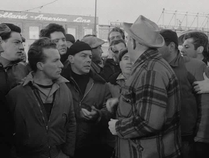 В порту - On the Waterfront