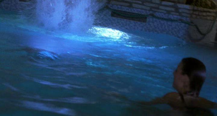 Бассейн - Swimming Pool - Der Tod feiert mit