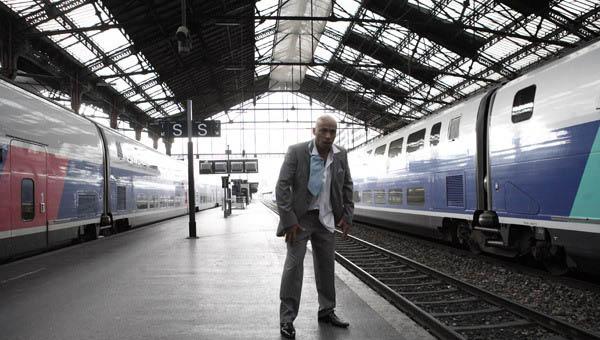 Мы легенды / Двое в пустом Париже - Seuls two