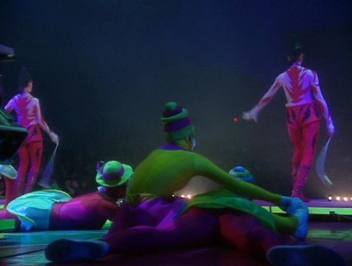 Цирк Дю Солей: Бродячий акробат - Cirque du Soleil: Saltimbanco