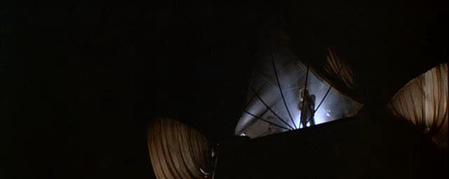 Безумный Макс 3: Под куполом грома - Mad Max Beyond Thunderdome