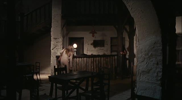 Девственница среди живых мертвецов - Christina, princesse de lйrotisme