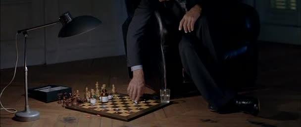 Проигравший забирает все - Qui perd gagne!