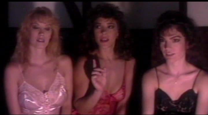 Королевы крика в джакузи - Scream Queen Hot Tub Party