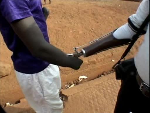 Бриллианты войны: Кровавые африканские алмазы - Diamonds of War: Africa$#039;s Blood Diamonds