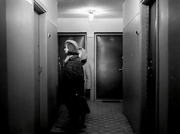 Звонят, откройте дверь