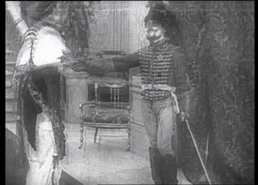 Его новая работа - The Essanay-Chaplin Revue of 1916