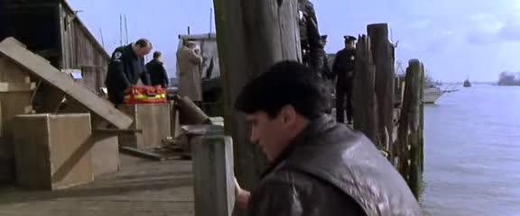 Ход королевой - Knight Moves
