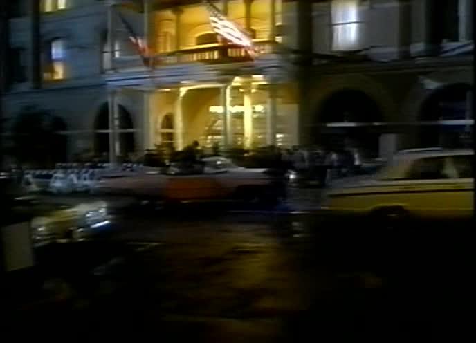 Отель разбитых сердец - Heartbreak Hotel