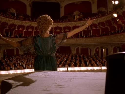 Театр - Being Julia