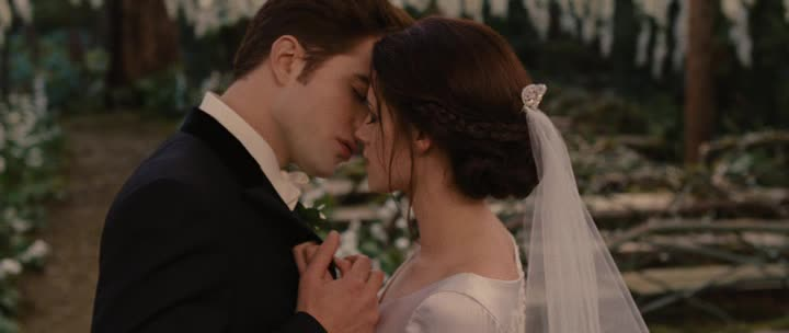 Сумерки. Сага. Рассвет: Часть 1 - The Twilight Saga: Breaking Dawn - Part 1