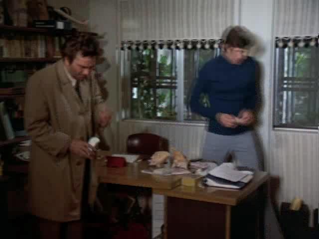 Коломбо: Звено в преступлении - Columbo: A Stitch in Crime