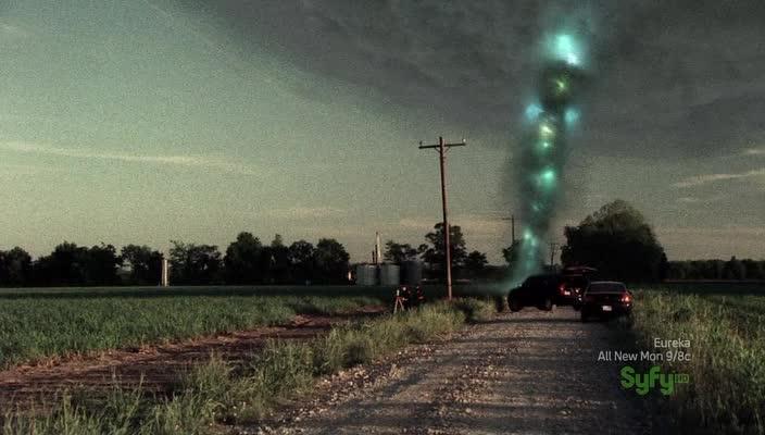 Инопланетная буря - Alien Tornado