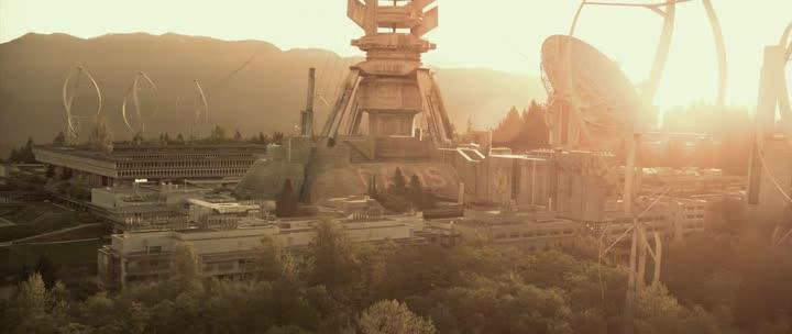 Halo 4: ������ � �������� - Halo 4: Forward Unto Dawn