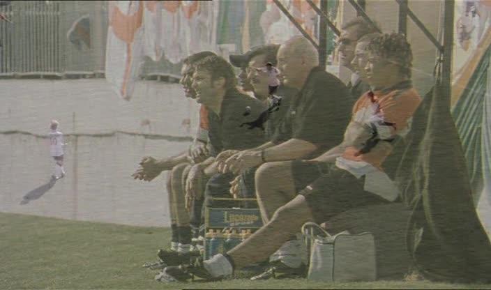 Тренер - Mike Bassett: England Manager