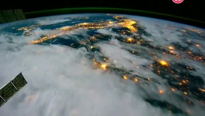 ��� �������� ��������� ����� ����� - In Orbit- How Satellites Rule Our World