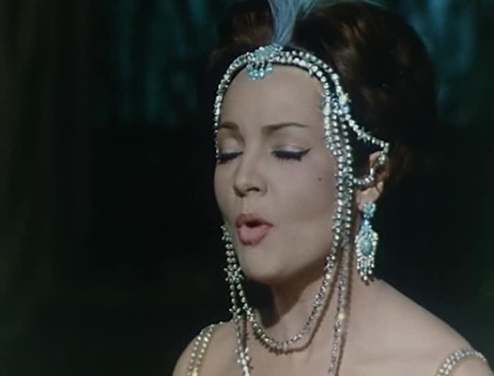�������� ���������� - Reina del Chantecler, La