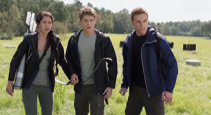 ����� �������� ���� - The Starving Games