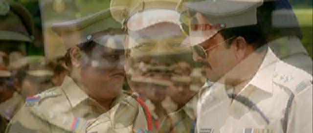 Два в одном: полицейский и бандит - Policegiri