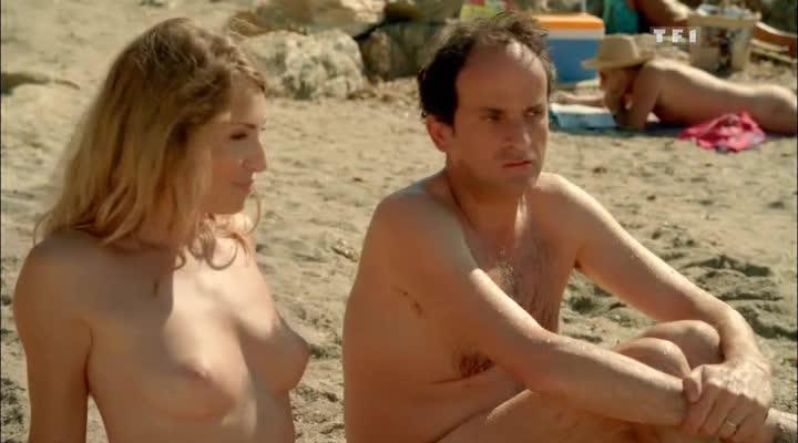 В десяти минутах от нудистов - A dix minutes des naturistes