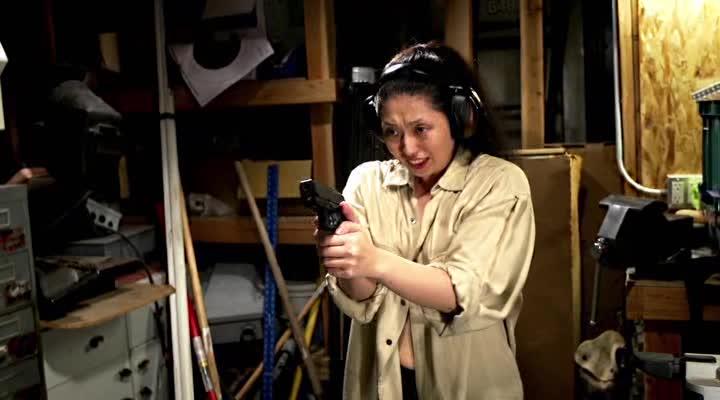 �������-�������� - Gun Woman