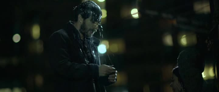 Незнакомец - The Stranger