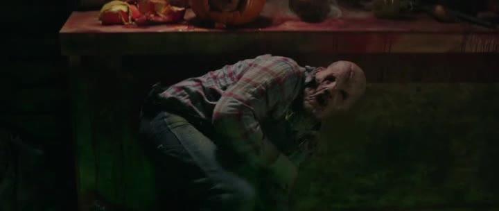 Город монстров - Tales of Halloween