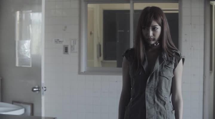 Железная девушка: Убии?ственное оружие - Iron Girl- Ultimate Weapon