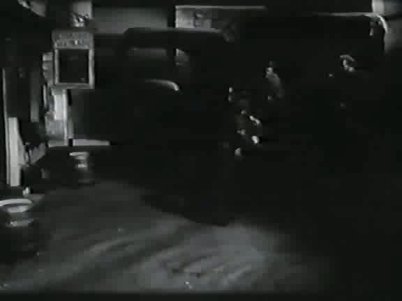 Мистер Питкин в тылу врага - The Square Peg