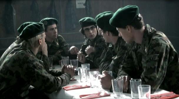 Армейский пирог - Achtung, fertig, Charlie!