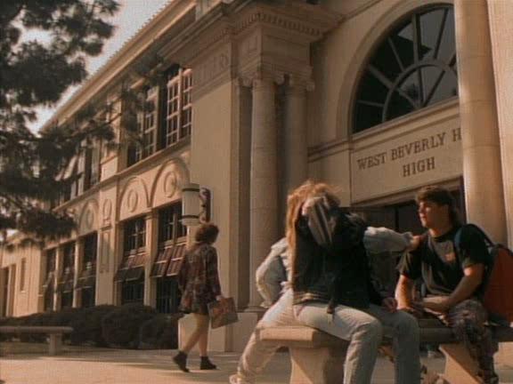 Беверли-Хиллз 90210. Сезон 1 - Beverly Hills, 90210. Season I