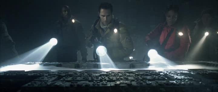Чужой против хищника - AVP: Alien vs. Predator