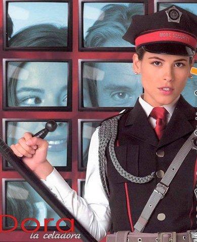 Дора на страже порядка - (Dora la Celadora)